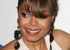 janet-jackson-updo-hairstyle-with-bangs-grammy-awards