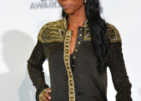 Brandy+2012+BET+Awards+Press+Room+ga_2O1bL8EKl