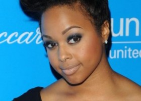 chrisette-michelle-short-hair-pompadour-369x478