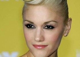 Gwen Hightop Victory Roll